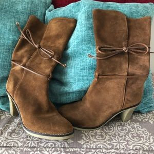 Johnston and Murphy women's boots